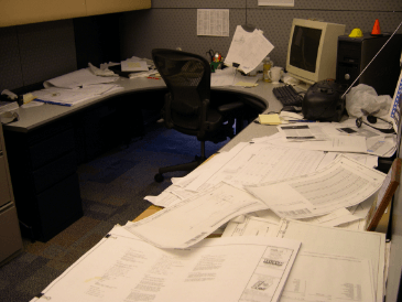 File This Under Tips to Tidy Up Your Desk image